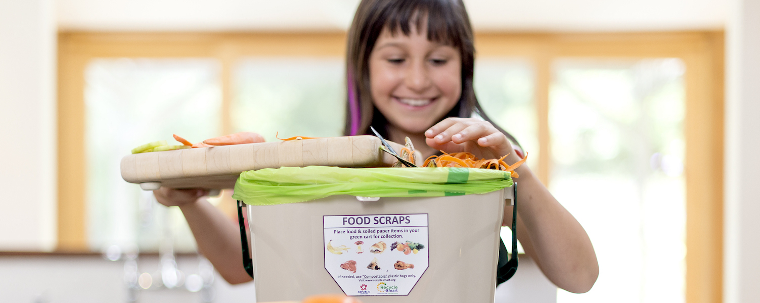 Food scraps container image